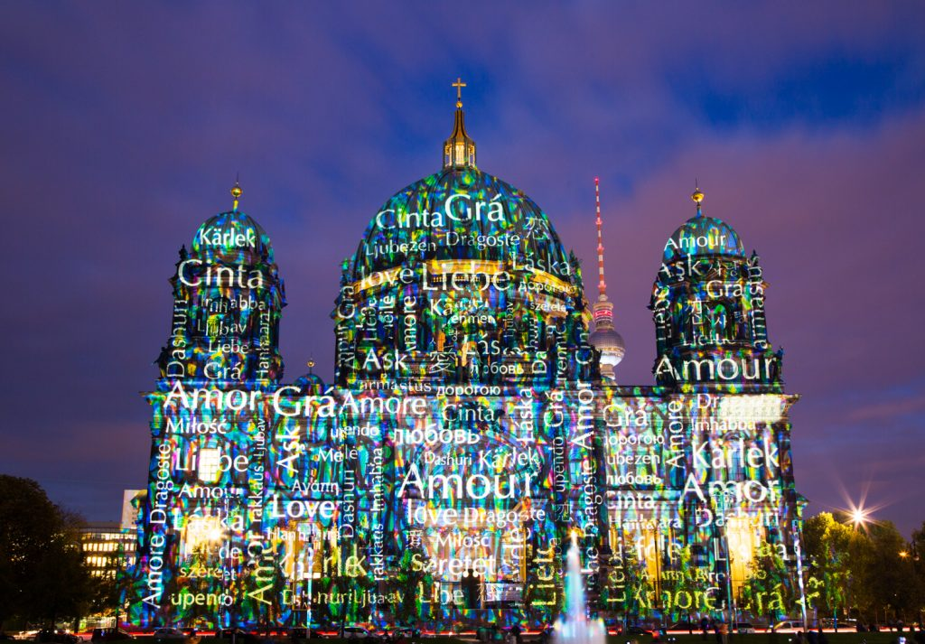lg FESTIVAL OF LIGHTS BerlinerDom Berlin2014 BerlinCamera2