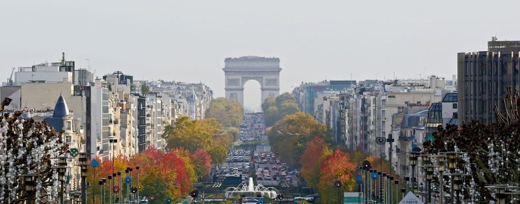 lg Arc de Triomphe BerlinCamera