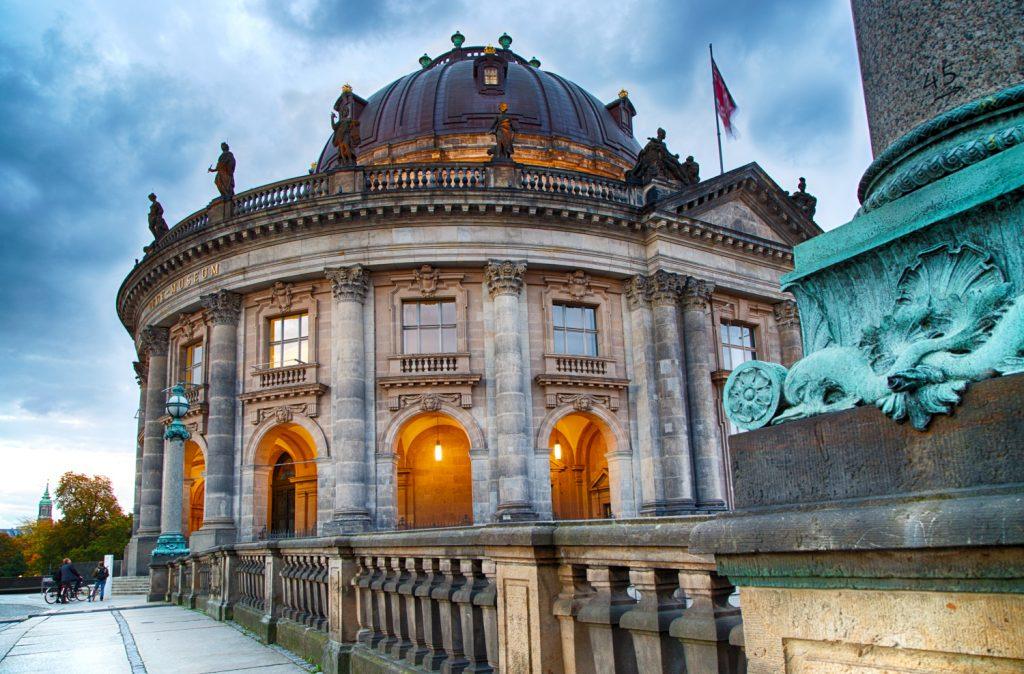 lg BodeMuseum Berlin BerlinCamera2