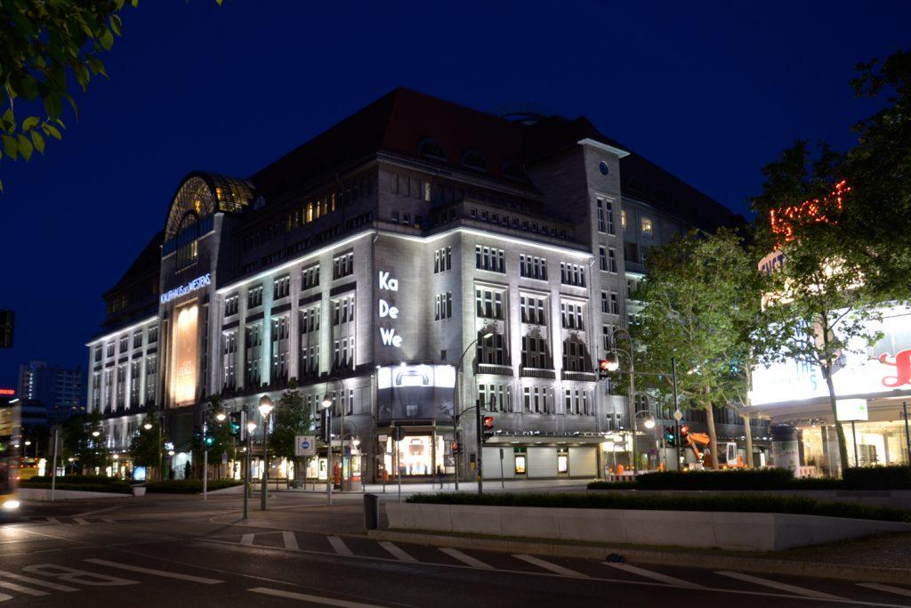 lg KaDeWe night Belin BerlinCamera