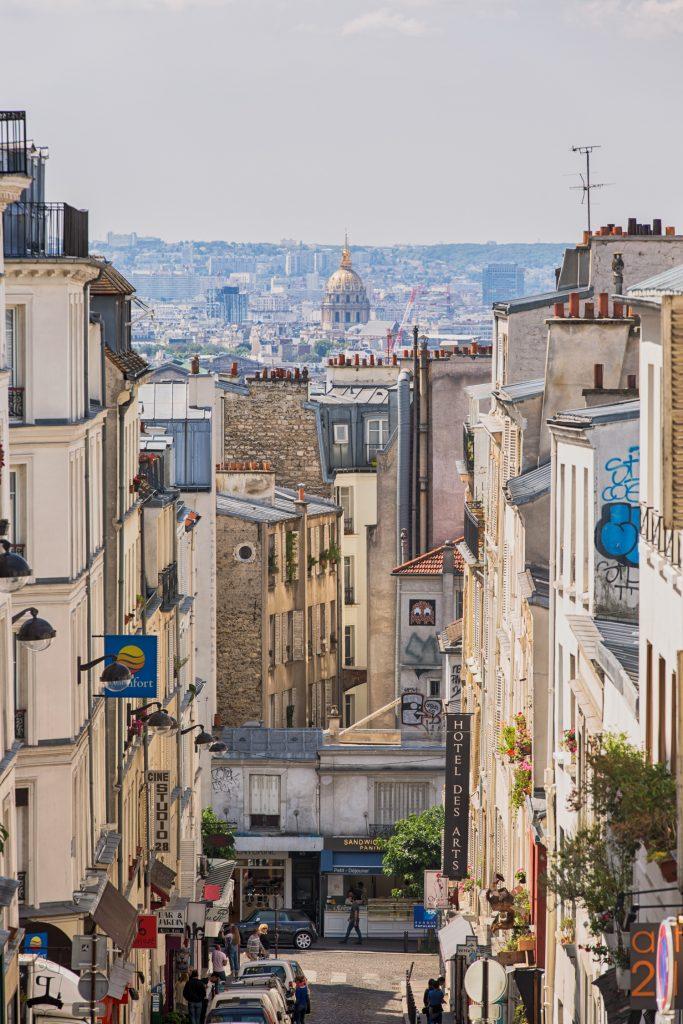 lg Montmartre Paris BerlinCamera
